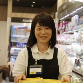 ドラッグストア  マツモトキヨシ ハローズ川之江モール店