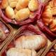 自慢のパンは種類豊富★