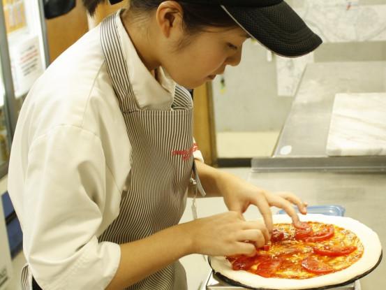 ピザを一緒に作りましょう